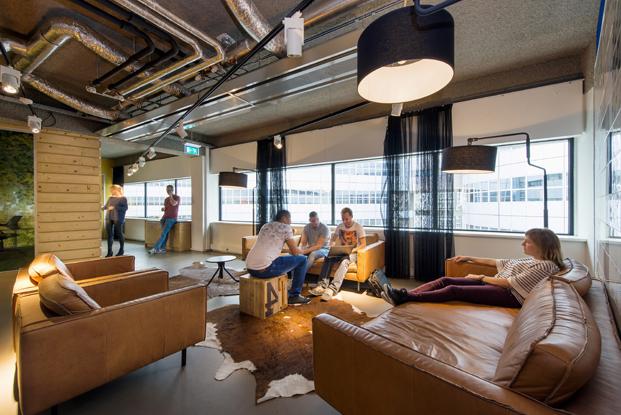 area descanso en call center de VodafoneZiggo en Rotterdam diariodesign