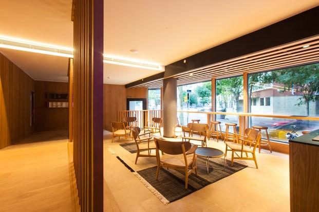 mobiliario de diseno en el hotel oc barcelona diariodesign
