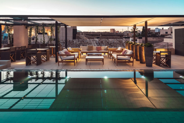 terraza hotel sant francesc en mallorca diseno en palma diariodesign