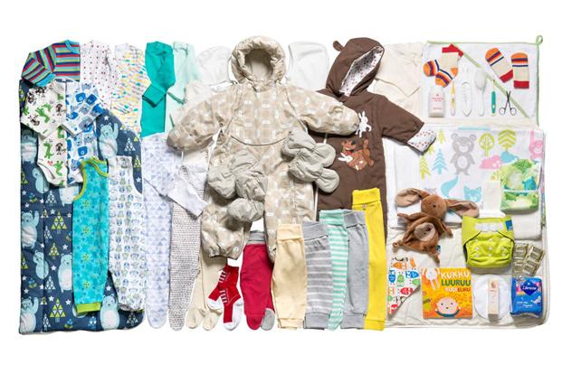 Canastilla de maternidad finlandia en Museo de Artes Decorativas de Madrid diariodesign