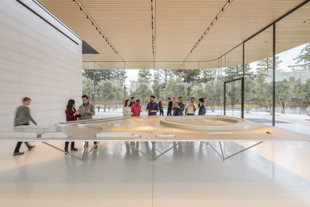 Apple park visitor center Foster Partners interior diariodesign