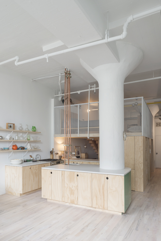 cocina de un loft industrial en nueva york de Bed Stuy y New Affiliates diariodesign