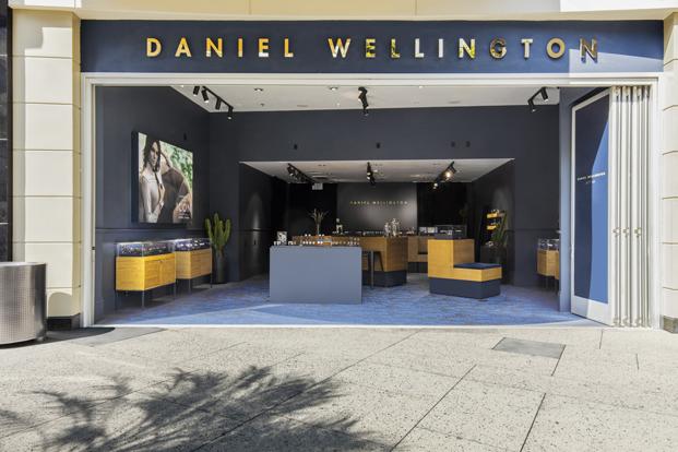 Daniel Wellington by bolon entrada tienda en hollywood diariodesign
