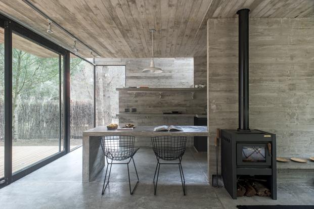 cocina de vivienda en hormigon casa H3 diariodesign