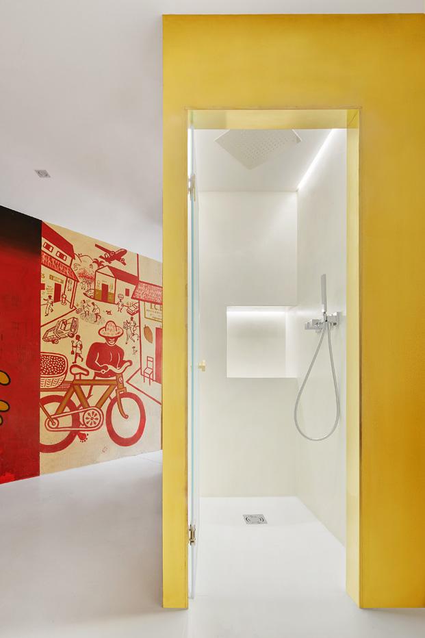 duplex en barcelona ducha diariodesign
