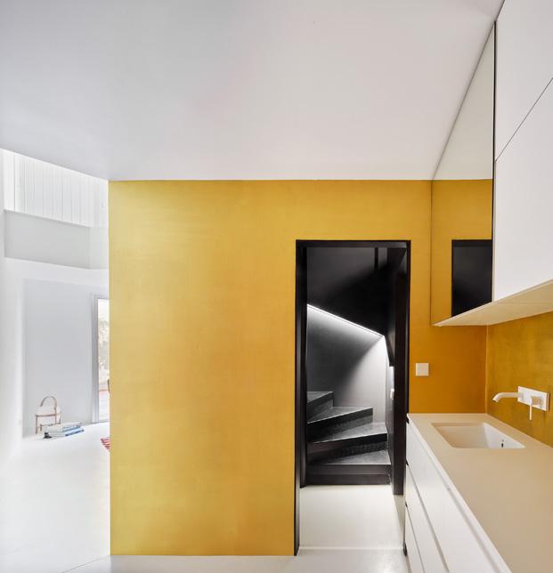 duplex en barcelona escalera diariodesign