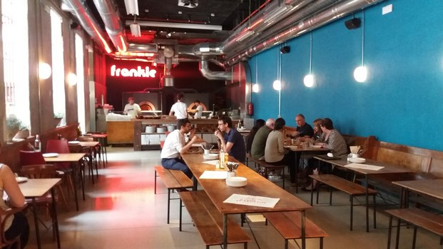 Frankie gallo cha cha cha parking pizzas pizzerias en barcelona thecreativenet diariodesign