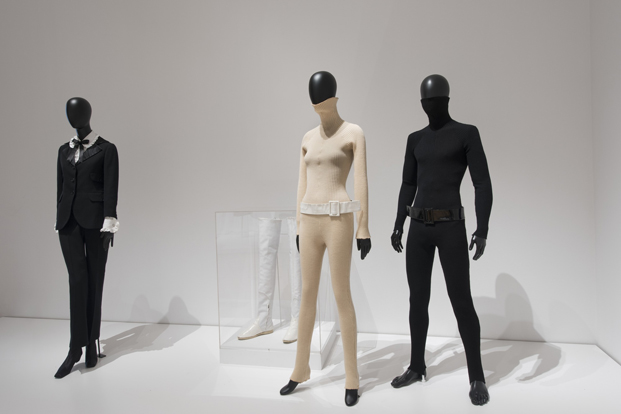 maniquis en la exposicion de Paola Antonelli Items Is Fashion Modern MoMA diariodesign