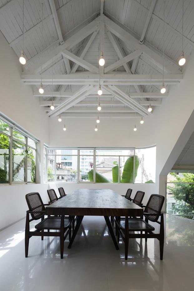reforma vivienda T House KIENTRUCO sala reuniones diariodesign