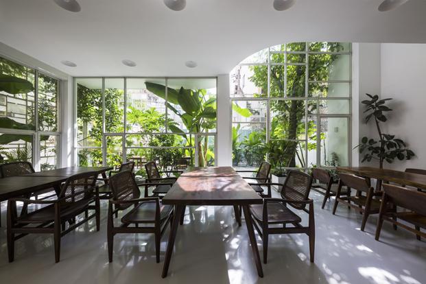 reforma vivienda T House por estudio KIENTRUCO restaurante diariodesign