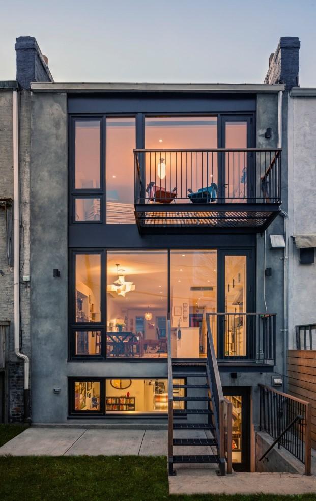 fachada de casa para unos artistas y sus gatos en Brooklyn diariodesign