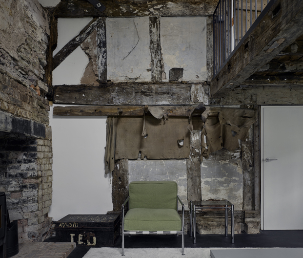 interior croft lodge studio ruina habitada Kate darby david connor diariodesign