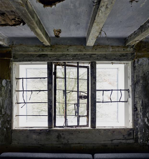 ventana croft lodge studio ruina habitada Kate darby david connor diariodesign