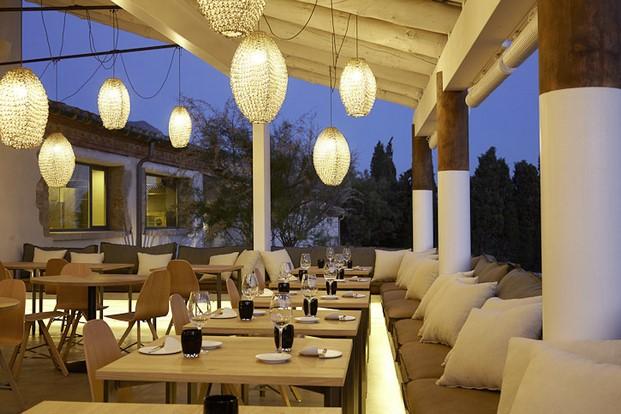 retaurante terraza hotel mas lazuli mediterraneo jung diariodesign