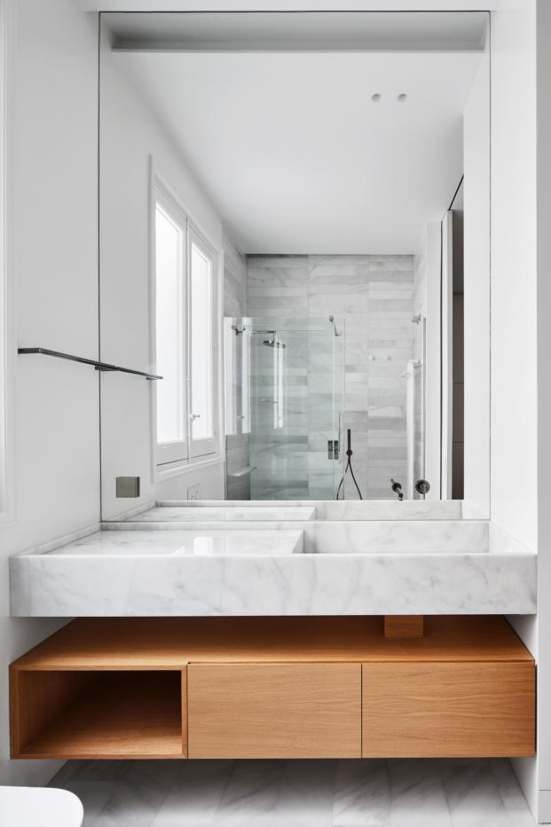 bano de una casa en madrid de estilo clasico diariodesign