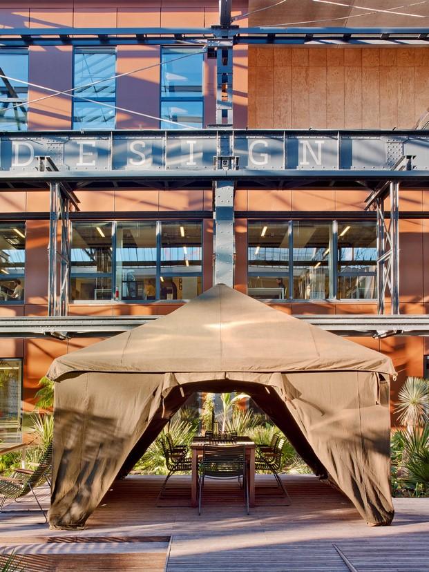 la manufacture design oficina diferente en paris fachada diariodesign