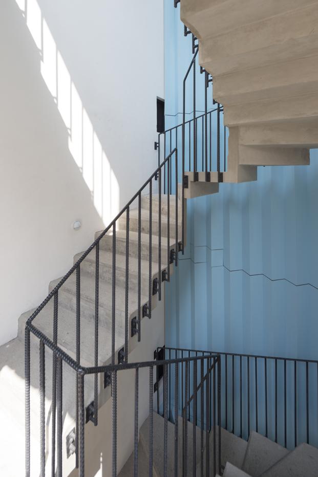 edificio en Corboba mexico de Cadaval Sola Morales escalera diariodesign