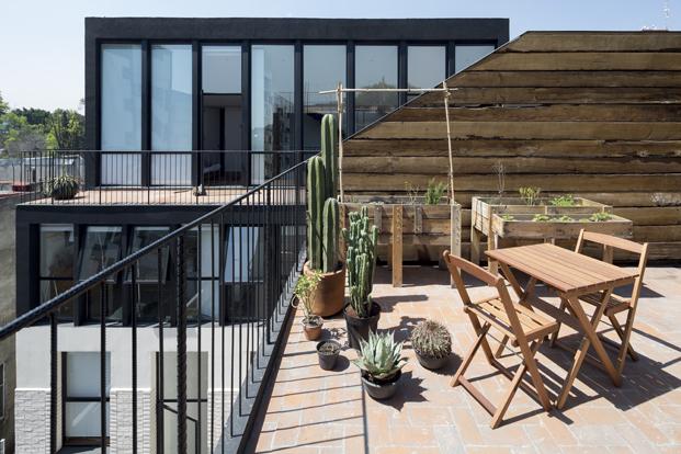 edificio en Corboba mexico de Cadaval Sola Morales terraza diariodesign