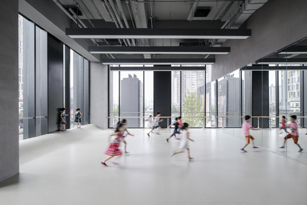 escuela Rockery for play ARCHSTUDIO sala de baile diariodesign