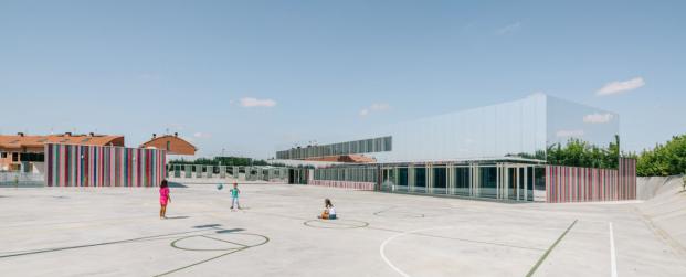ablm arquitectos colegio villares de la reina salamanca diariodesign patios