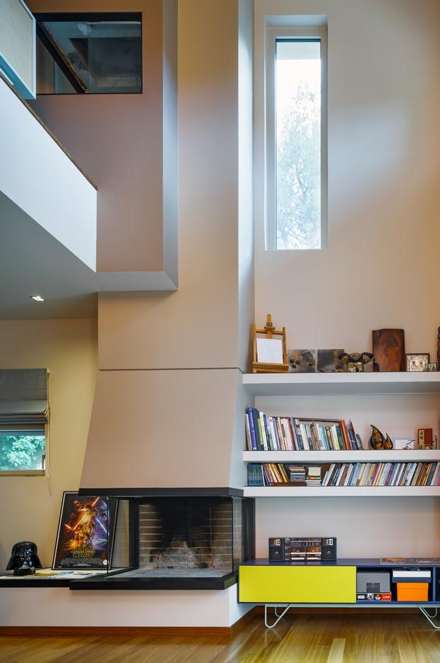 casa de colore en stamata chimenea diariodesign