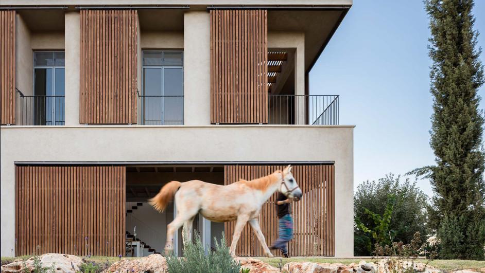 casa con vistas golany architects en israel diariodesign