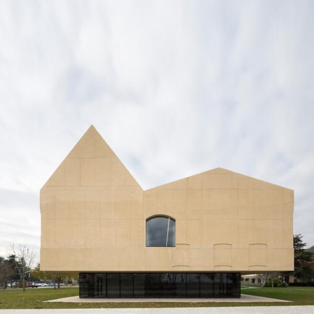 psicogeriatrico pamplona vaillo irigaray arquitectura hormigon diariodesign