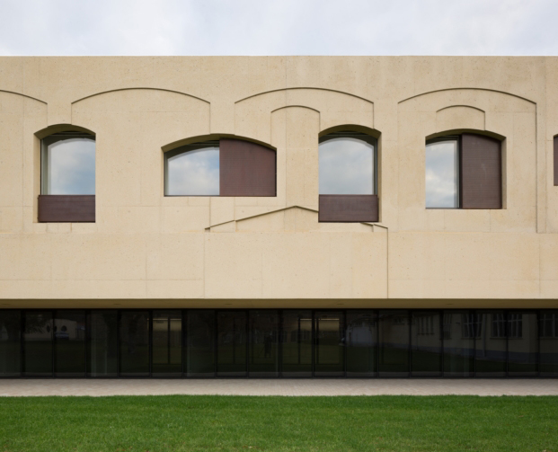 psicogeriatrico pamplona vaillo irigaray arquitectura exteriro diariodesign
