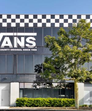 oficinas en california de la marca de zapatos deportivos vans diariodesign
