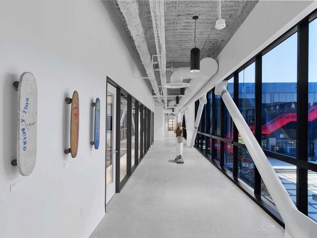 skates nuevas oficinas vans en california diariodesign