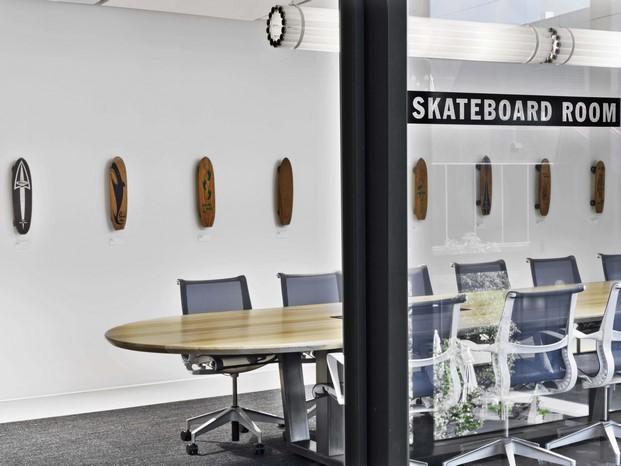 skateboard room en las nuevas oficinas vans en california diariodesign