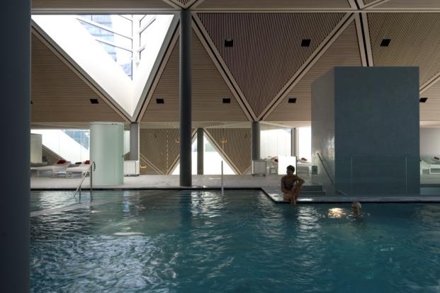 wellness centre tschuggen berg oase arosa mario botta diariodesign piscina