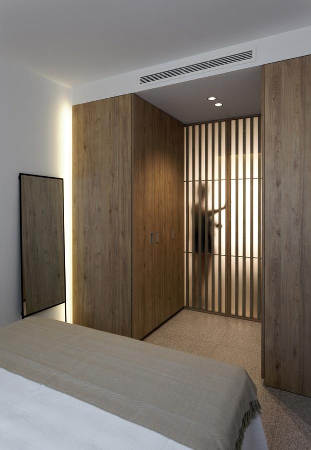 puertas de apartamento en santa pola en playa Varadero de Manuel Garcia estudio diariodesign