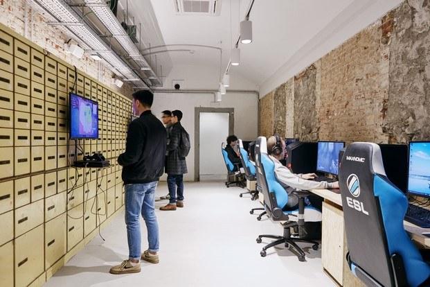 multiespacio ImaginCafe barcelona gaming arena videojuegos  diariodesign