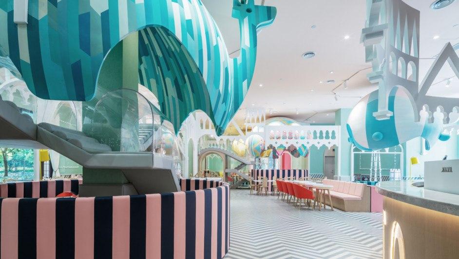 Neobio X Living globo azul restaurante infantil diariodesign