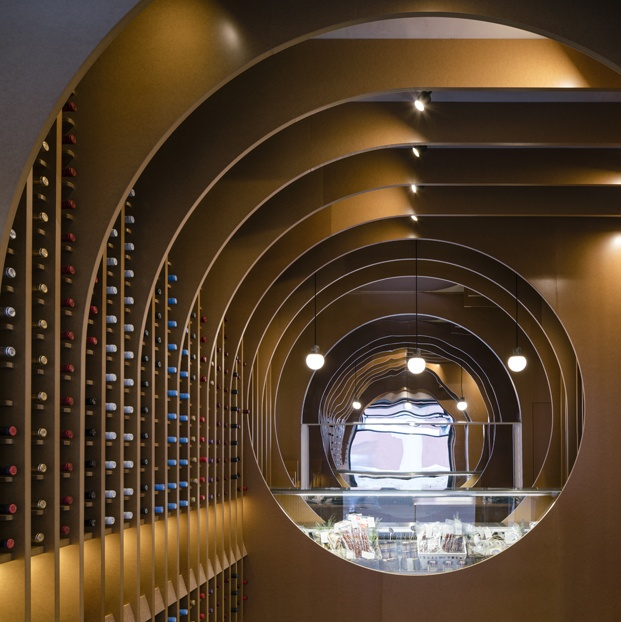 vinoteca en valladolid de Vinos Viandas Zooco Estudio diariodesign