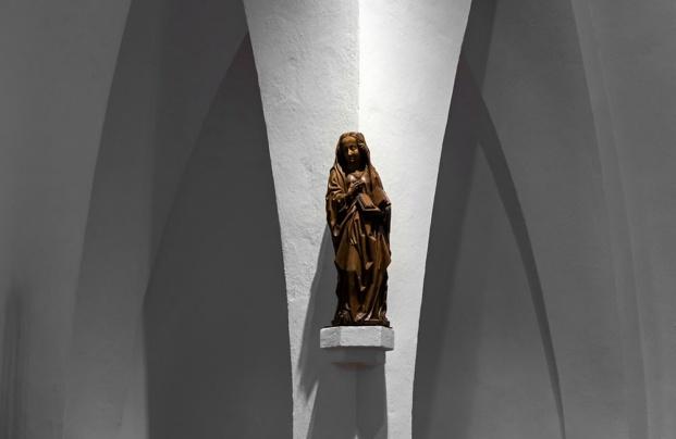 iluminación arquitectónica erco Kirche St Mariä Geburt Grevenbroich diariodesign