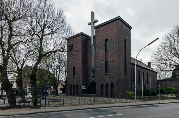 Kirche St Mariä Geburt Grevenbroich diariodesign