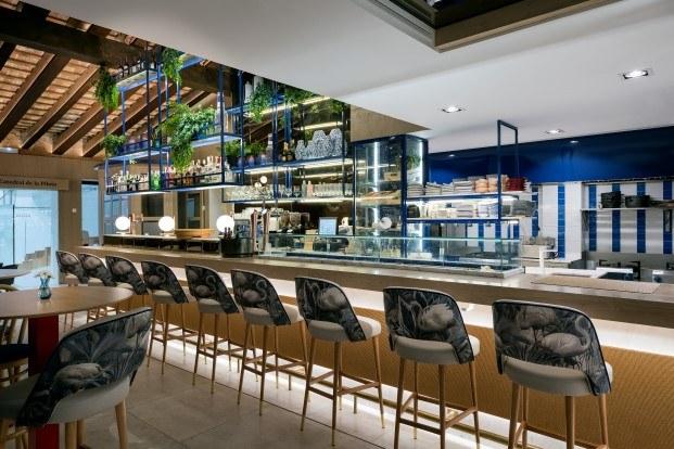 homenaje a la pilota valenciana en el restaurante pelayo gastro trinquet diariodesign