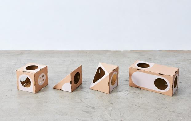 A Cat Thing una ciudad sostenible y un juguete para gatos diariodesign cajas carton modulos
