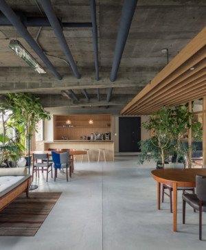 vegetacion en oficinas tokio diariodesign