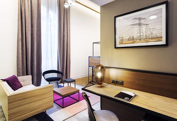 hotel en san sebastián One Shot Tabakalera de Alfaro Manrique mobiliario a medida diariodesign