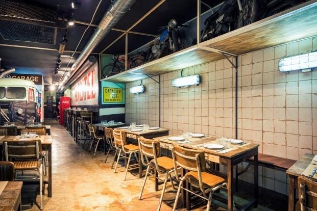 restaurante tematico de hamburguesas burger garage en valencia diariodesign