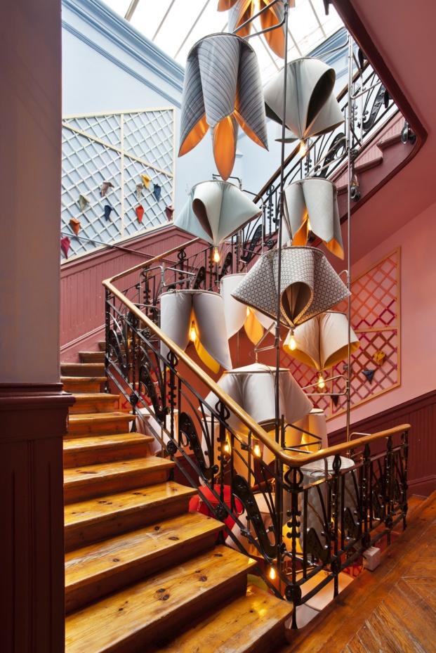 casa decor 2018 vestibulo y escalera espacio sunbrella