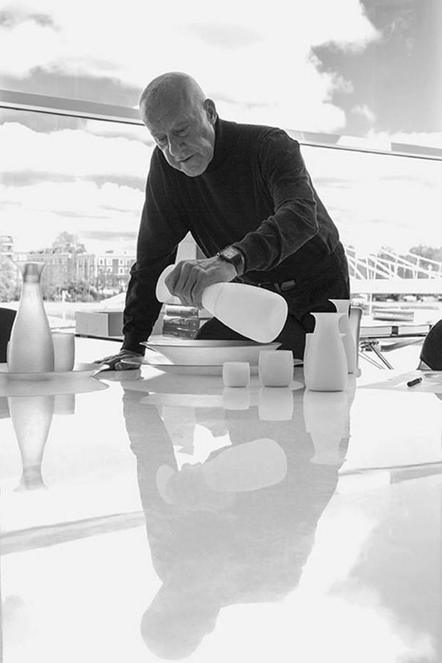 Norman Foster y Stelton. Grandes nombres en la mesa lo mejor en diariodesign