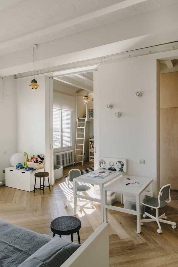 habitación infantil de una reforma en barcelona diariodesign