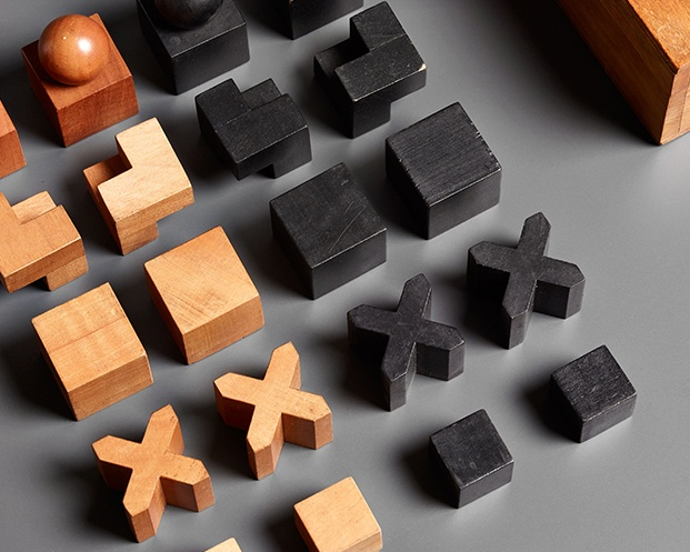 Bauhaus Chess Set diseno de Josef Hartwig diariodesign