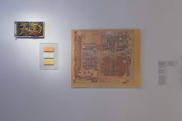 exposicion thinking machines sobre la historia del arte del diseno por ordenador en moma diariodesign