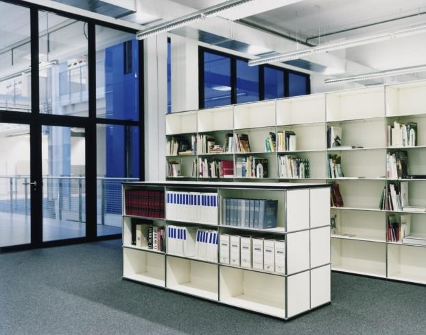 mobiliario usm haller en ecal centro educativo en suiza diariodesign