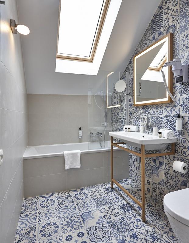 Hygge Hotel en Bruselas interiorismo de michel Penneman bano diariodesign